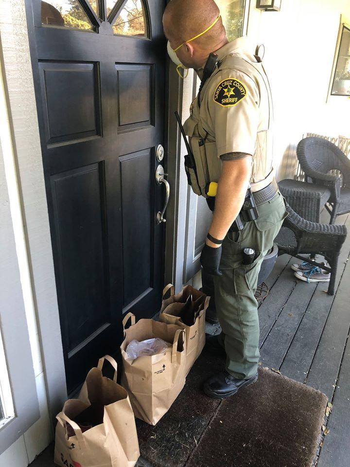 deputies get groceries