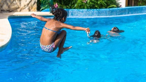 200521123321-children-backyard-pool-stock-live-video-2