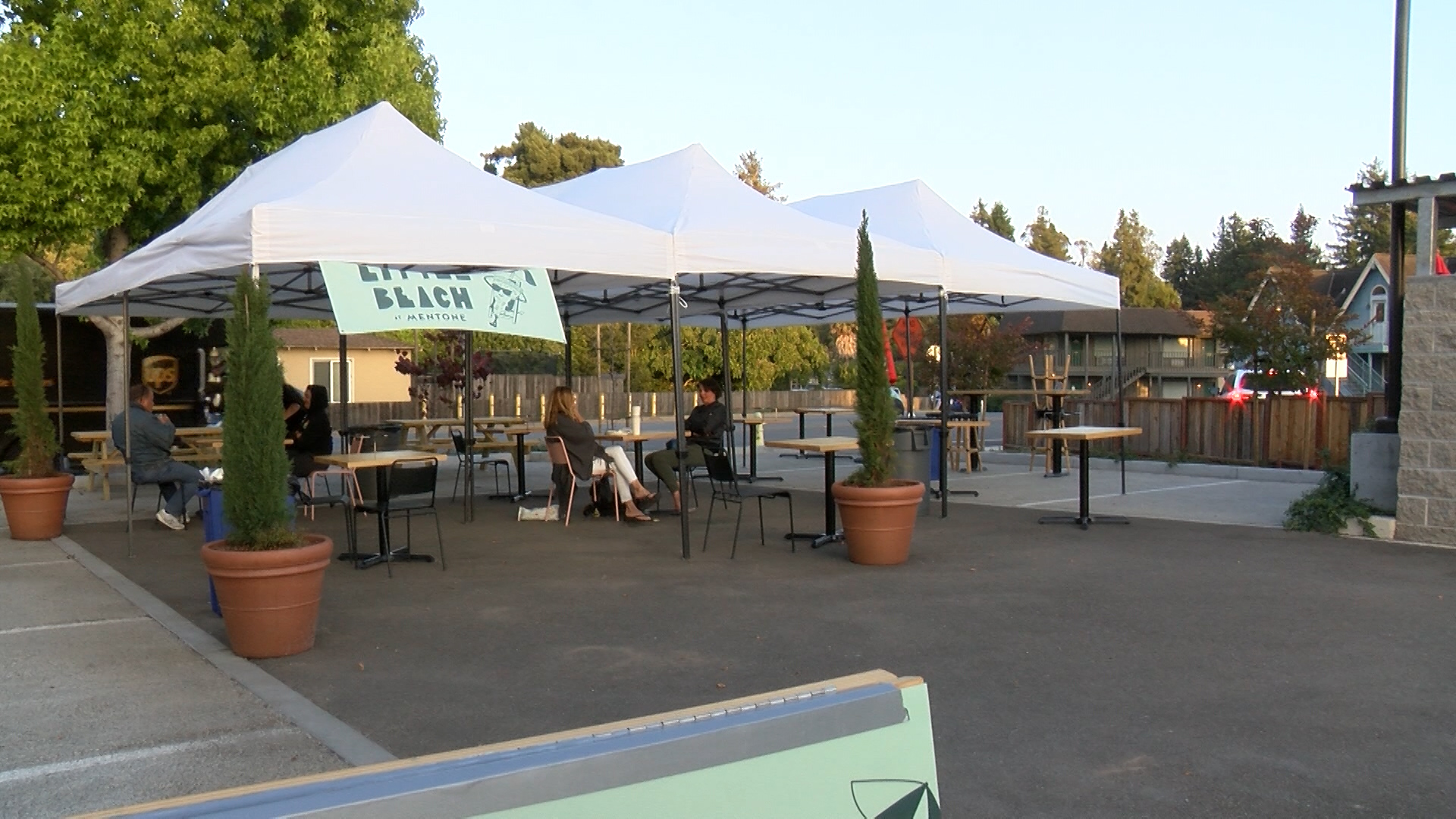 Aptos pizza spot depending on outdoor dining for business