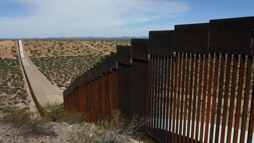 https___cdn.cnn.com_cnnnext_dam_assets_200110150124-us-mexico-border-wall-file