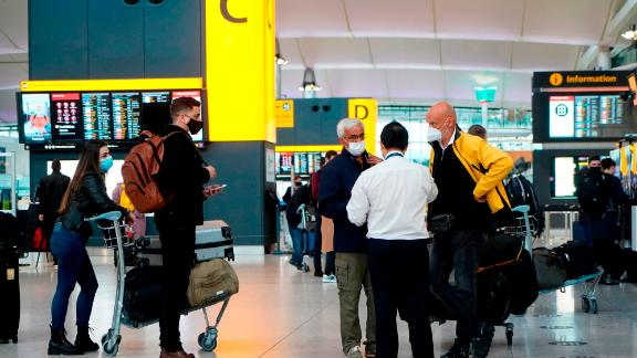 201221171927-heathrow-airport-uk-travel-restrictions-live-video-1