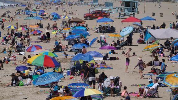 210404231853-santa-monica-beach-0331-live-video-3