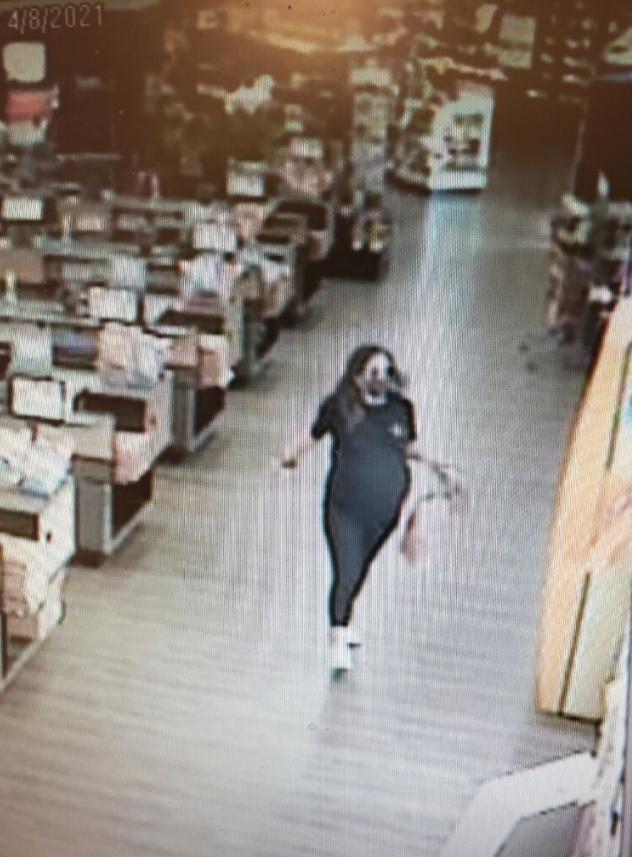 PREGNANT WOMAN THIEF 3