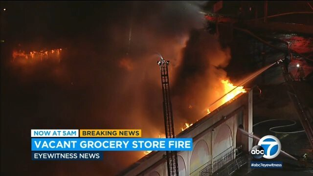<i>KABC</i><br/>A massive fire erupted early Thursday morning at a structure that formerly housed a supermarket in Sun Valley