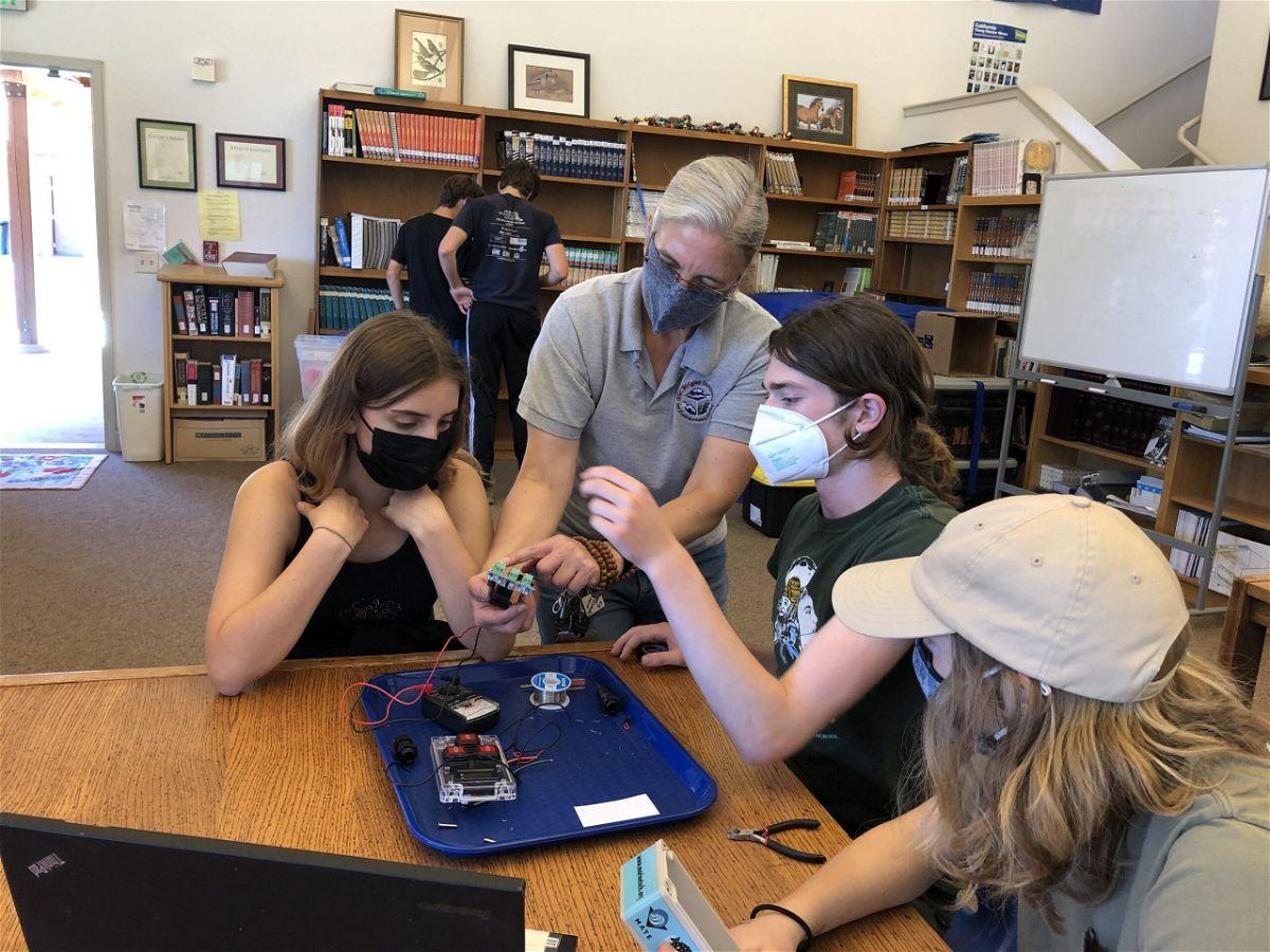 Mount Madonna School Engineering Club Students Build Underwater ROVs for Ocean Experiments