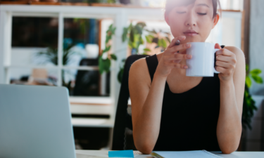 10 ways to prioritize your mental health during work